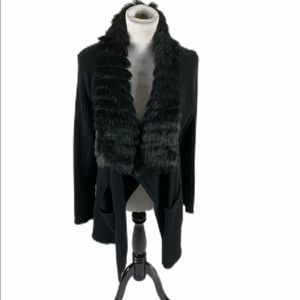 Lisa Int'l Black duster sweater w/faux fur collar